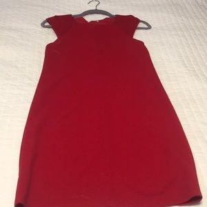 Capsleeve fitted red dress